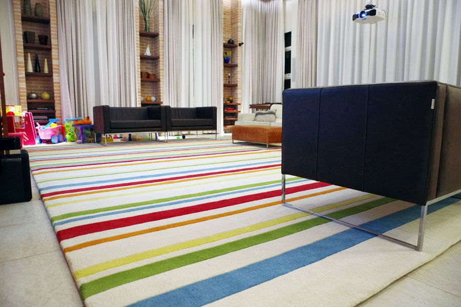 hand tufted candy rug in wool